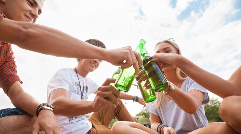 fibrosi cistica bere con gli amici