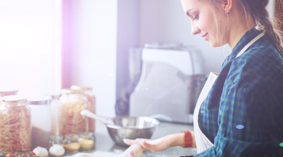 ragazza con fibrosi cistica cucina